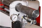 Vollhubzylinder Großzügig ausgelegte Vollhubzylinder ermöglichen die Spannstockbedienung direkt vom Bedienpanel aus.