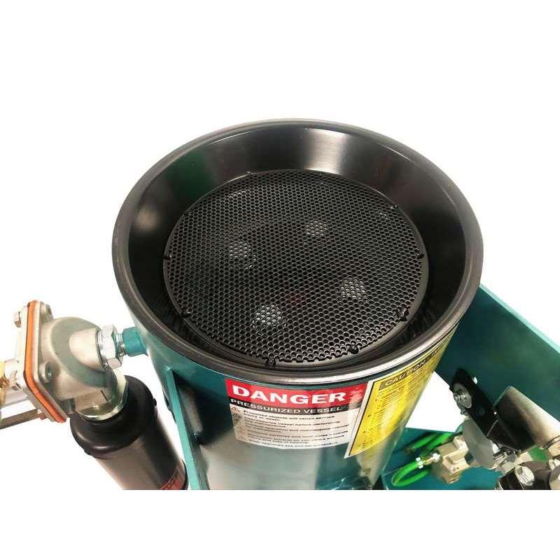 Multiblast Pro45 20 Litre Sandblasting Pot Machine Full Package 005