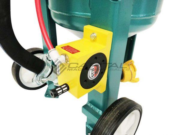 Multiblast Pro90 40 Litre Sandblasting Pot Machine With Soda Blasting Kit 009