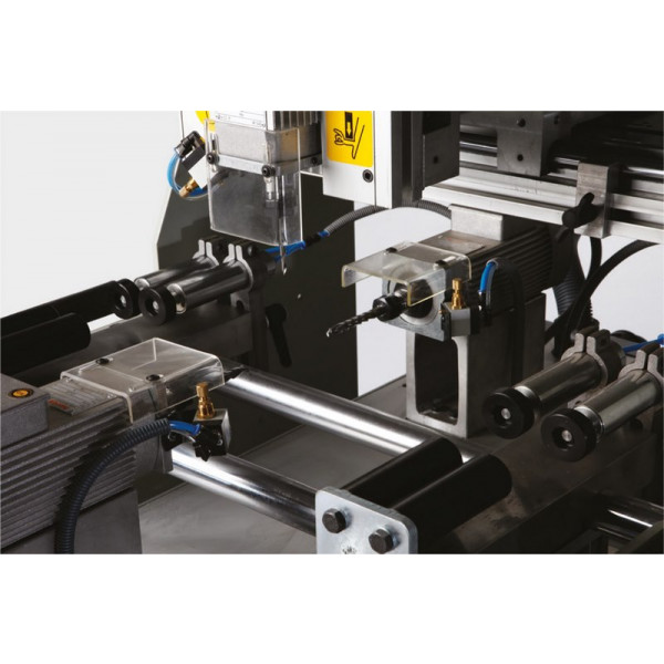 Omrm127 3 Spindle Copy Router For Aluminium Profiles 002