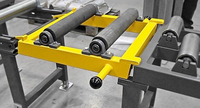 Bomar Type X Saw Roller Conveyor Material Handling System Roller Track Passage