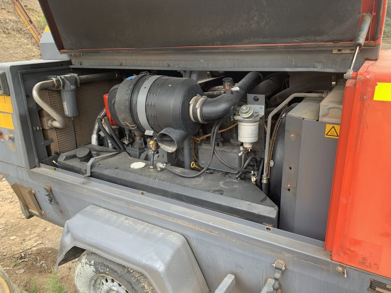 Atlas Copco Compressor Xas175 Compressor With Air Dryer 004