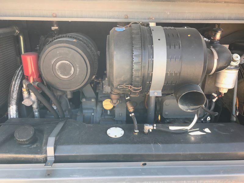 Atlas Copco Compressor Xas175 Compressor With Air Dryer 005