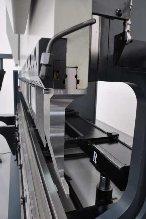 Haco Atpx3015 Cnc Pressbrake 3m X 150t Hydraulic Top Tool Clamping For Rollery Quick Click Tooling